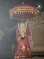 Statue à l'intérieur de la grotte